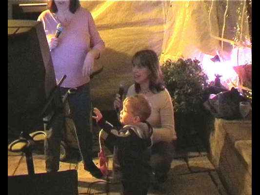 Fiona, Helen and Oliver singing  (taken from the '2003 Burns Party - Video Stills gallery' - 25th January 2003)